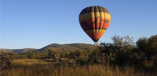 hot air balloon flight in the Pilanesberg