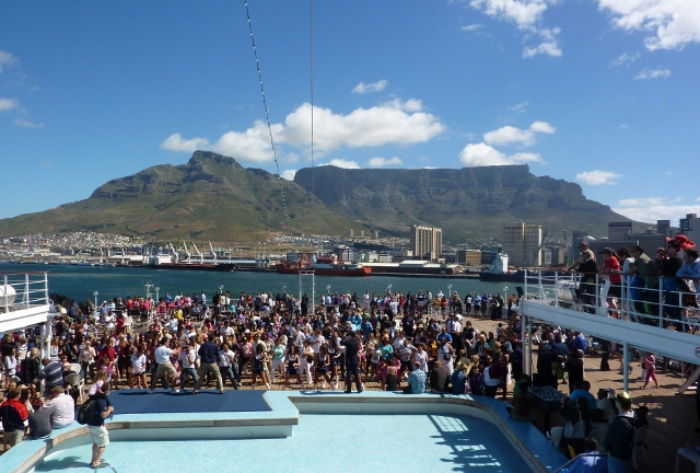 The MSC Melody departs Cape Town harbour