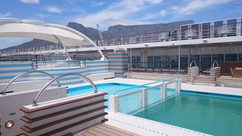 Pool deck on MSC Sinfonia