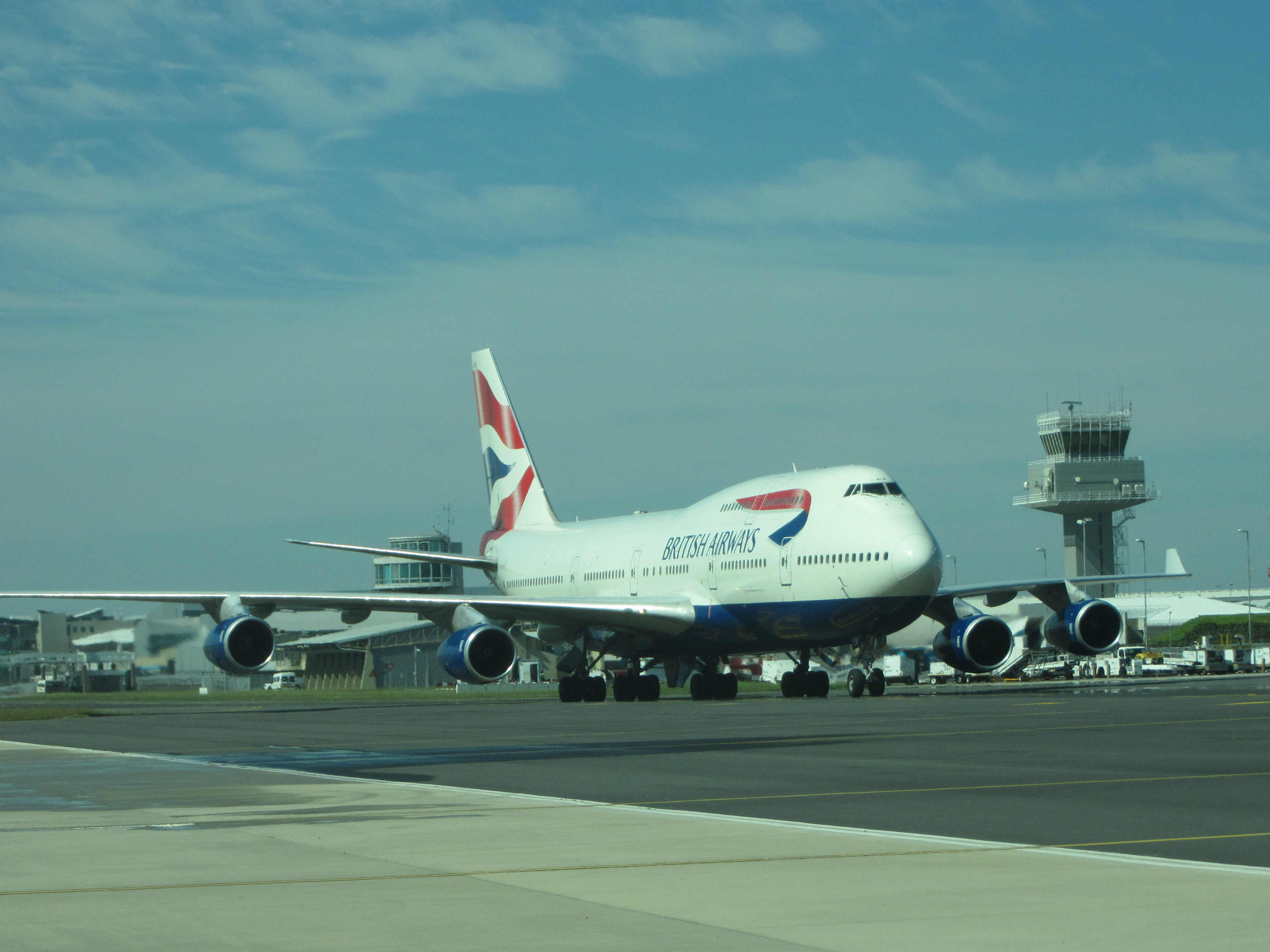 American Airlines Flights to London Heathrow Airport ...