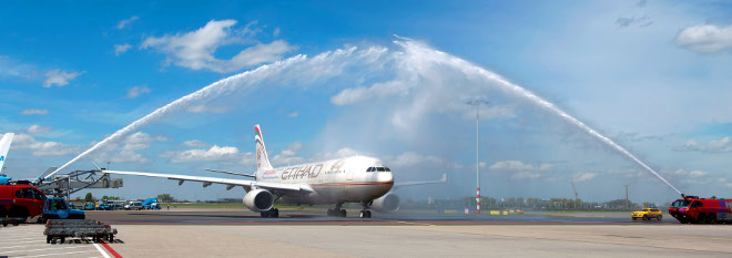 Etihad lands in Amsterdam for the first time