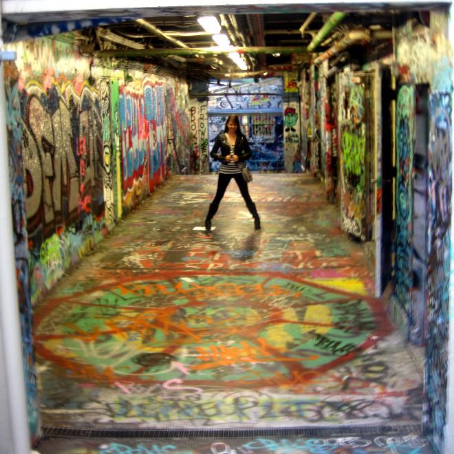 graffiti tunnel in Sydney