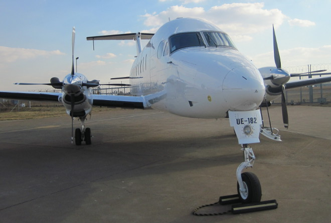 FlyCemair Beechcraft plane