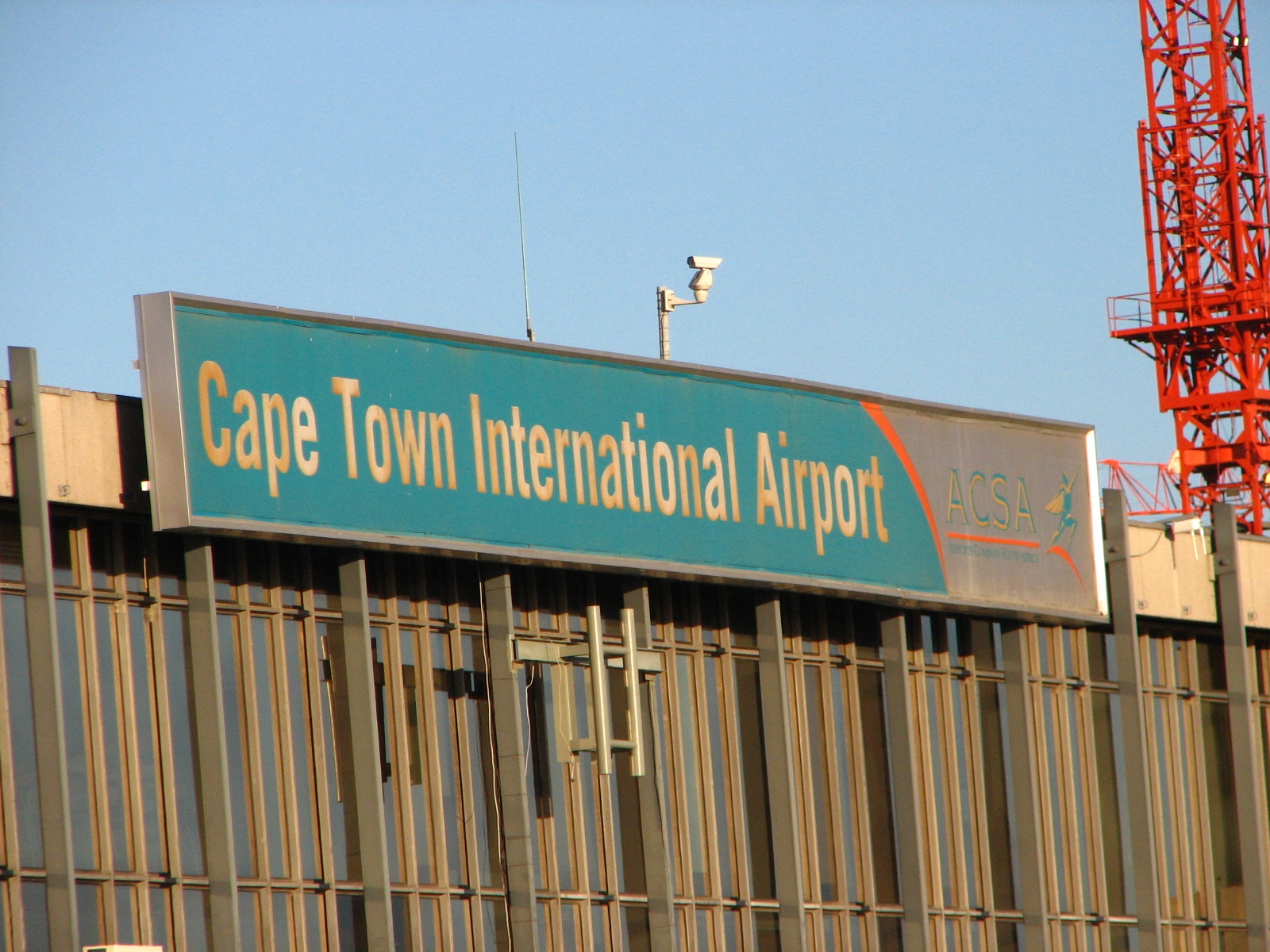Cpt Is 10th Best Airport In The World