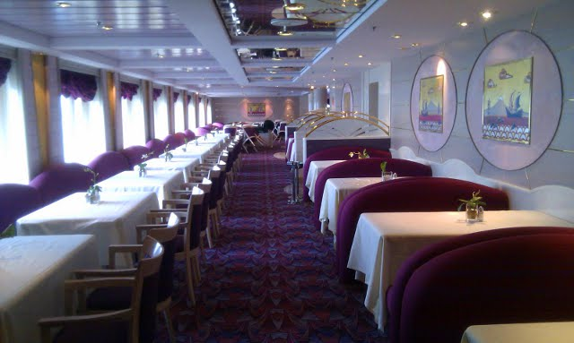 dining room on the MSC Opera cruise ship