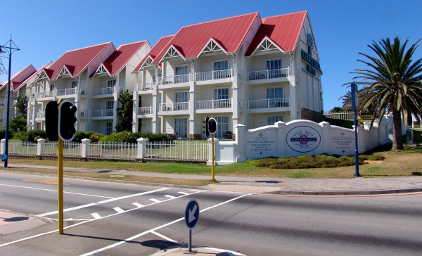 Courtyard hotel port elizabeth reservations - Drive from port elizabeth to cape town ...