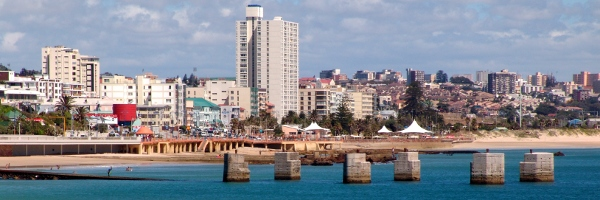 Port Elizabeth's Kings Beach and city