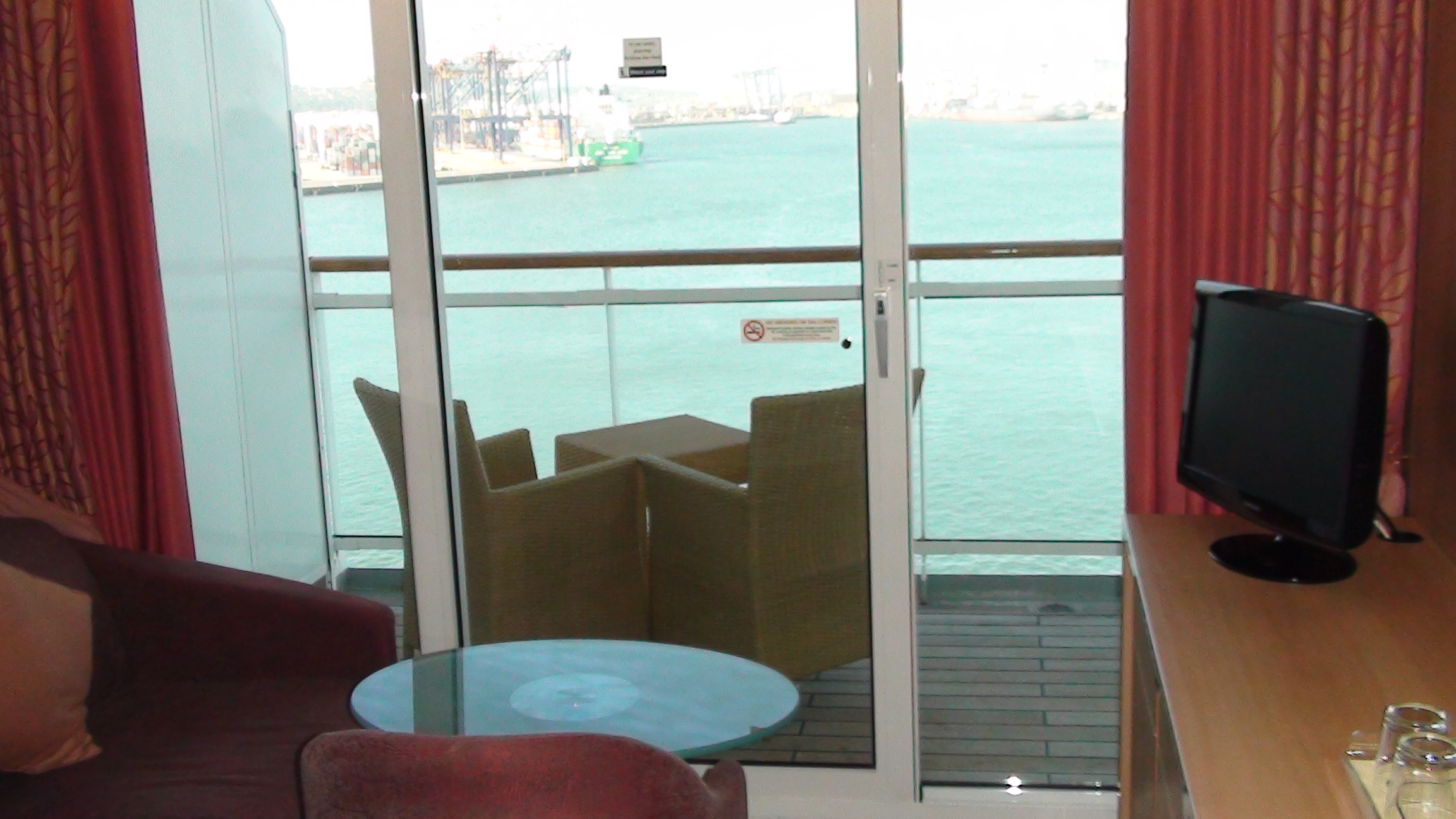 Msc sinfonia cabin categories for Balcony in cruise ship
